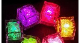 Cubitos de Hielo con Luz